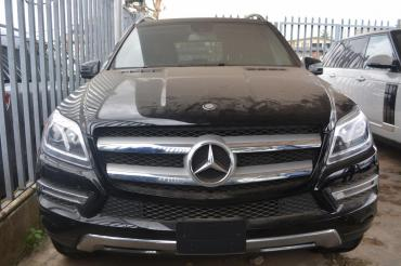 Mercedes Benz GL-450 4MATIC 2015